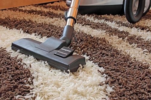 Một số lưu ý khi giặt thảm trải sàn tại nhà