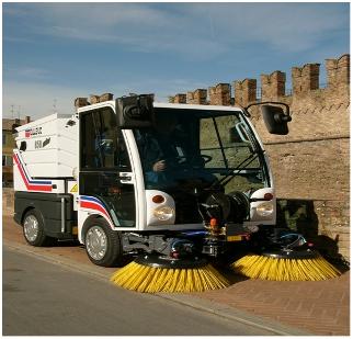 Máy quét đường công nghiệp Dulevo 850 Mini